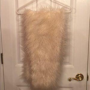 NWT LOFT faux fur scarf with pull through loop